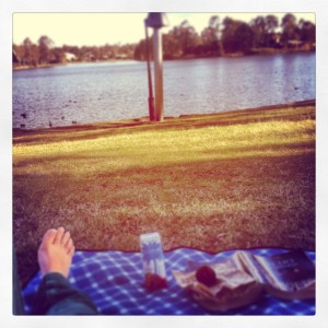 Grounding myself down at the local lake. #coconutwater #blissballs #picnic #grounding